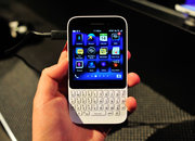 BlackBerry Q5 pictures and hands-on - photo 2