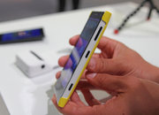 Nokia Lumia 1020 accessories: hands-on with charging shell, grip and mount - photo 2