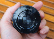 Sony QX10 hands-on: Give your smartphone 10x optical zoom - photo 4