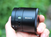 Sony QX100 lens-style camera: Hands-on with the RX100 II lens for your phone - photo 2