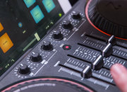 Philips M1X-DJ sound system, we go in the mix with the Armin Van Buuren all-in-one - photo 3