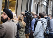iPhone 5S and 5C launch day: Pictures from the Apple Store London queue - photo 2