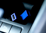 Tylt Y-Charge Dual USB Car Charger for the power hungry - photo 4