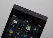 BlackBerry Porsche Design P'9982 pictures and hands-on - photo 3