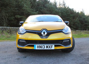 Renault Clio RenaultSport 200 Turbo EDC Lux review - photo 4
