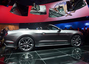 Ford Mustang GT 2015 coming to the UK: Pictures and eyes-on - photo 4