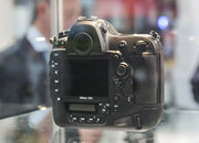 Nikon D4S in pictures: Top-spec camera eyed behind glass at CES trade show - photo 5