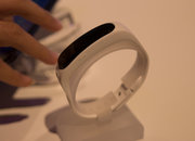 Huawei TalkBand B1 smartband will monitor fitness, let you take calls - photo 3