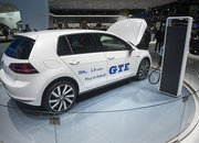 Volkswagen Golf GTE pictures and eyes-on: Mean meets green - photo 4
