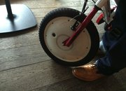 Look no stabilisers, Jyrobike is the kids bike that balances itself - photo 3
