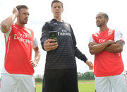 Huawei P7 Arsenal Edition smartphone announced for Gunners on the go - photo 2