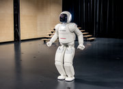 ASIMO up close: The friendly robot visits Europe, we say hello - photo 2