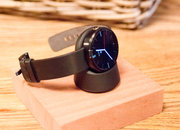 Moto 360 hands-on: The big round smartwatch - photo 2