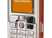 Sony Ericsson W800i mobile phone - First Look - photo 1