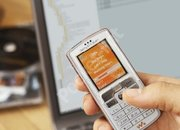 Sony Ericsson W800i mobile phone - First Look - photo 2