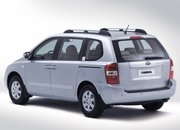 Kia Sedona 2.9 CRDi people carrier - photo 2