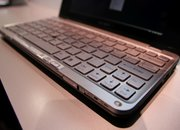 Sony Vaio P-series laptop - First Look - photo 4