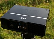 LG HS102 ultra mobile projector - photo 3