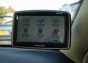 TomTom XL Live IQ Routes Europe satnav - photo 2