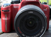 Panasonic Lumix DMC-GH1 camera - photo 2