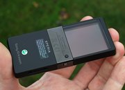 Sony Ericsson Xperia Pureness  - photo 4