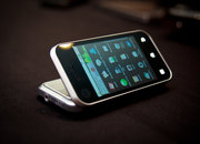 First Look: Motorola Backflip - photo 2