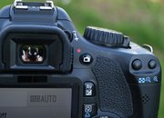 Canon EOS 550D DSLR camera   - photo 2