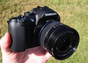 Samsung NX10 hybrid camera   - photo 3