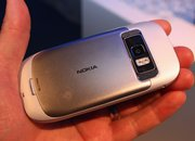 First Look: Nokia C7   - photo 3