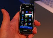 First Look: Nokia C7   - photo 5