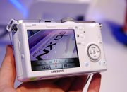 First Look: Samsung NX100 - photo 3