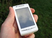 Sony Ericsson Xperia X8   - photo 2