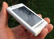 Sony Ericsson Xperia X8   - photo 4