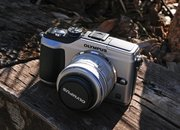 First Look: Olympus E-PL2   - photo 2