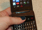 BlackBerry Style 9670   - photo 2