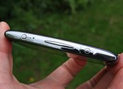 Sony Ericsson Xperia Neo - photo 4