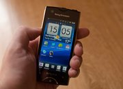Sony Ericsson Xperia Ray - photo 2