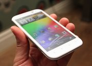 First Look: HTC Sensation XL - photo 3
