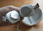 Bowers & Wilkins P3 headphones - photo 4