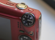 Fujifilm FinePix F800EXR - photo 3