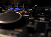 Denon MC2000 DJ Controller  - photo 2