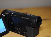 Panasonic HC-X920 camcorder - photo 3