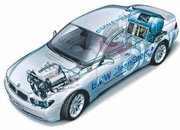 BMW Hydrogen 7 car to be mass market within 5 years - photo 1