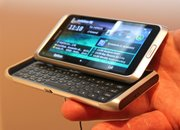 First Look: Nokia E7 - photo 2
