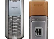 "Vertu Ascent Ferrari 60 redefines the ""exclusive"" mobile phone  - photo 2"