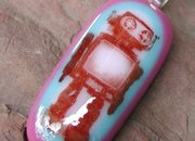 Etsy seller offers glass robot-themed pendants  - photo 1