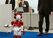 Hitachi shows off new office-bot - photo 1