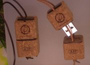 "CES 2008: ATP's green USB ""EarthDrive"" - photo 1"