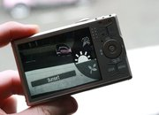 Canon IXUS 90 IS in pictures - photo 3