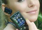 LG VX8610 boasts built-in Bluetooth headset - photo 1